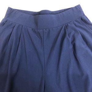 Elegant navy blue pants